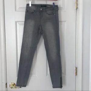 Aeropostale grey skinny jeans